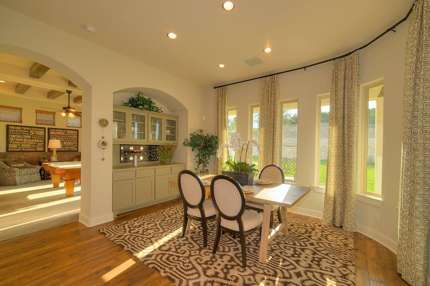 Breakfast Area - Design 3513