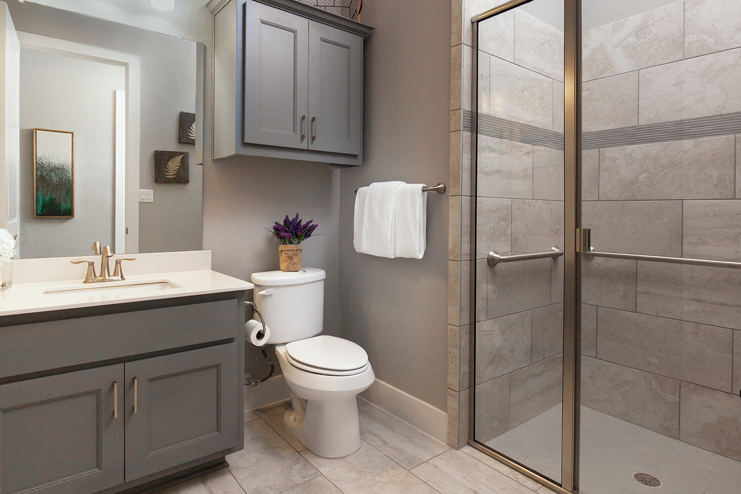Generational Suite Bathroom - Design 3563