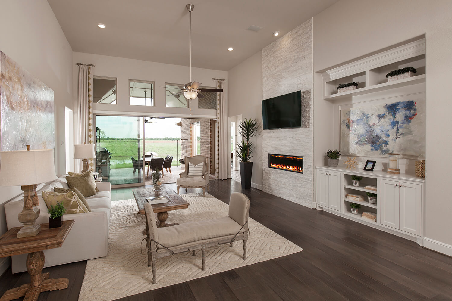 Family Room - Design 6876