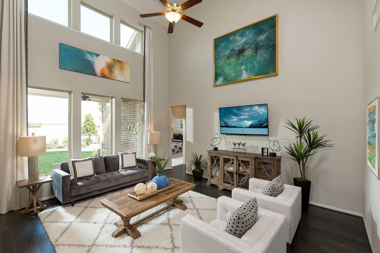 Family Room - Design 5402