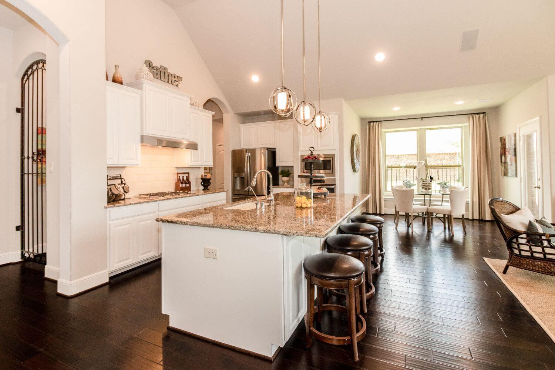 Kitchen/Breakfast Nook - Design 5863