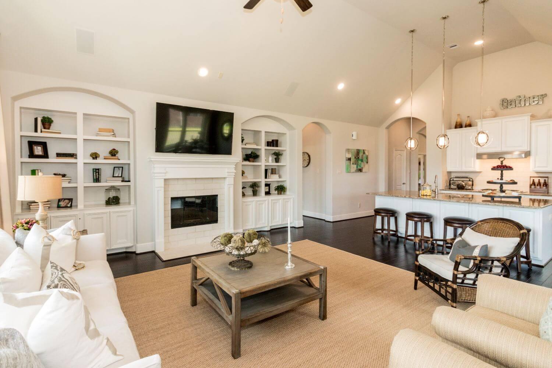 Family Room - Design 5863