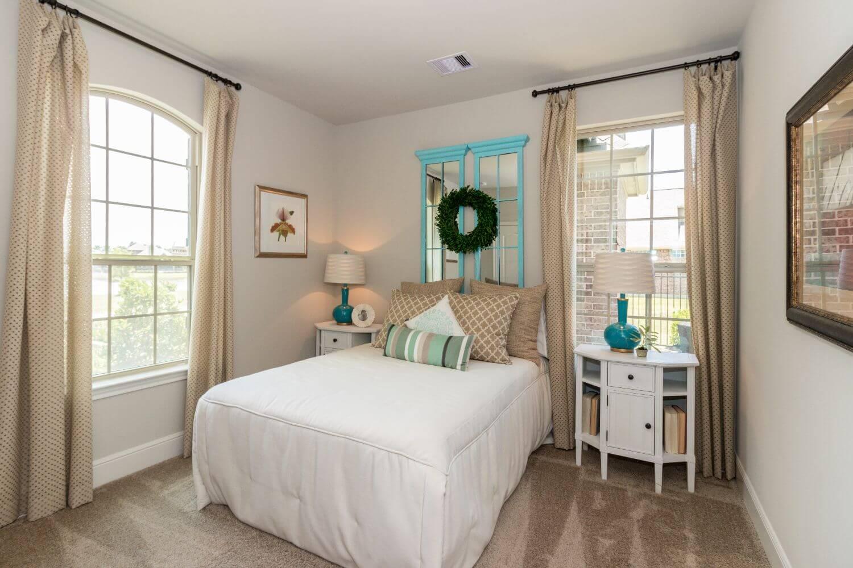 Secondary Bedroom - Design 5863