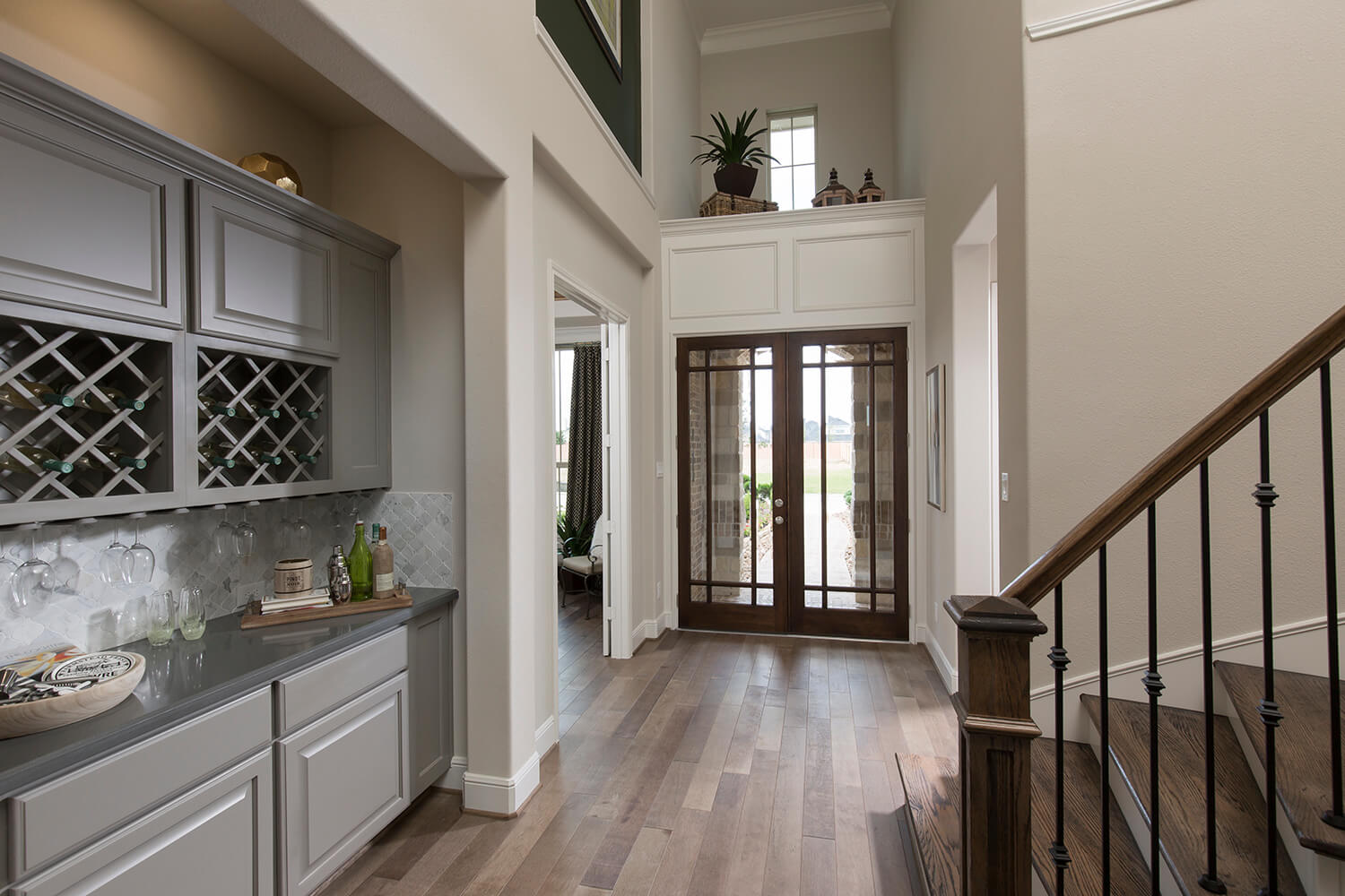 Entry/Wine Nook - Design 7312