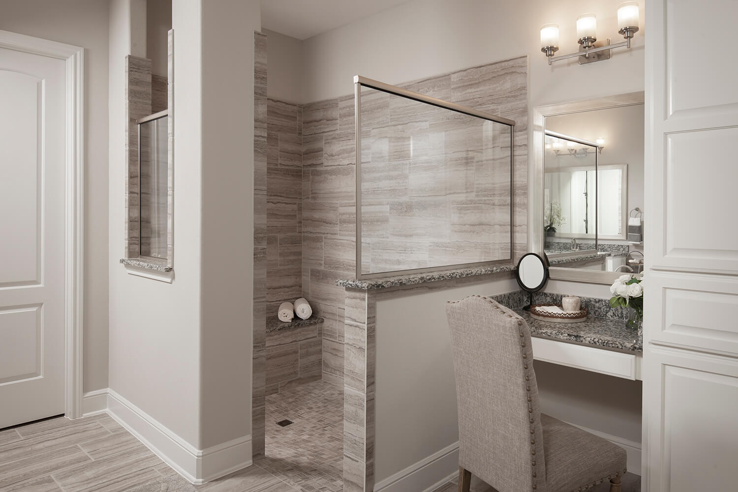 Master Bathroom - Design 8264
